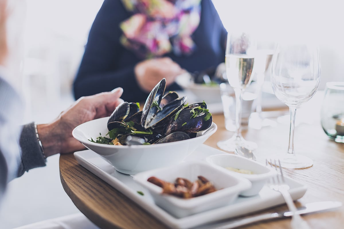 Smögens Hafvsbad Restaurang serverar musslor