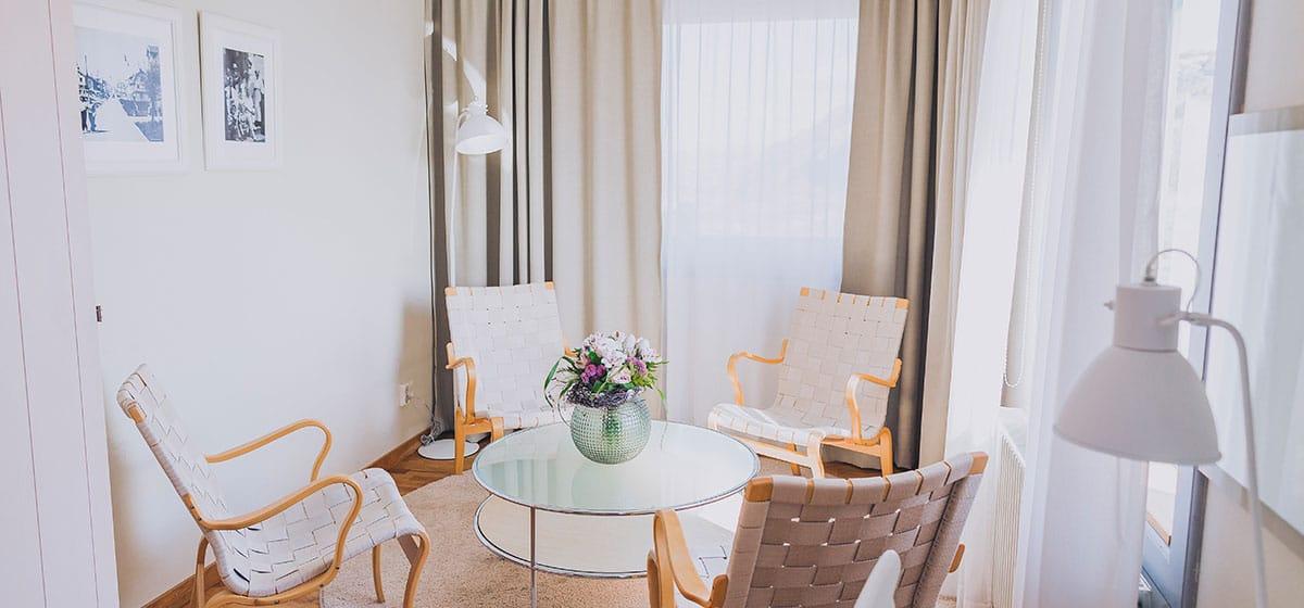 Hotellrum, minisvit på Smögen och Smögens Hafvsbad